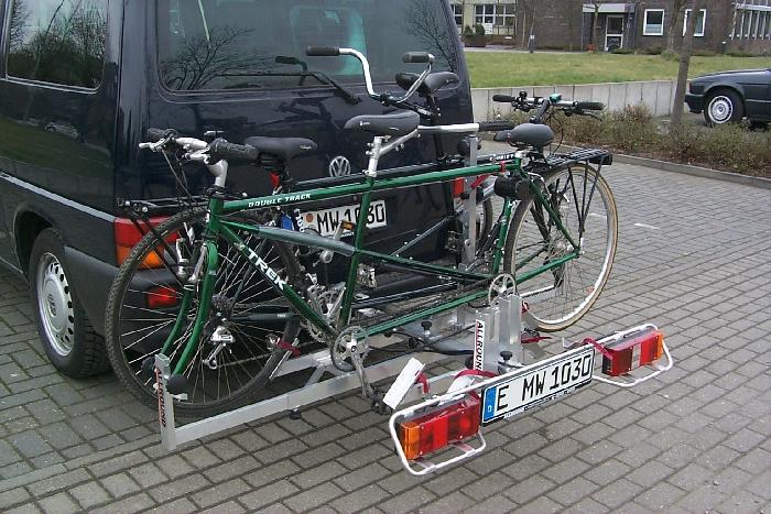 Allround Tandemträger f. 1 Tandem plus 2 Fahrr. Typ UT für d. Anhängerkupplung AHK Fahrradträger für Tandemfahrräder