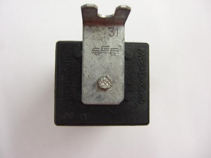 Blinkerrelais / Blinkgeber, 6V, C2-Kontrolle unten