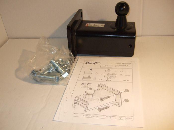Kupplungskugel- 4-Lochbild 100x 160 mm, 22,64kN
