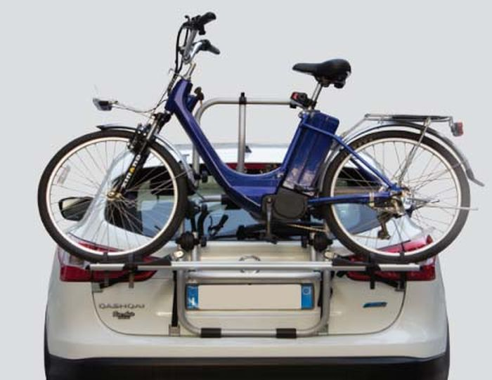 lexus is200 fahrradtr ger f r e bike als hecktr ger. Black Bedroom Furniture Sets. Home Design Ideas