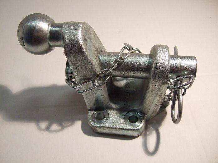 Maul/ Kugelkupplung (83x 56)-24,5 manuell, 17,2kN