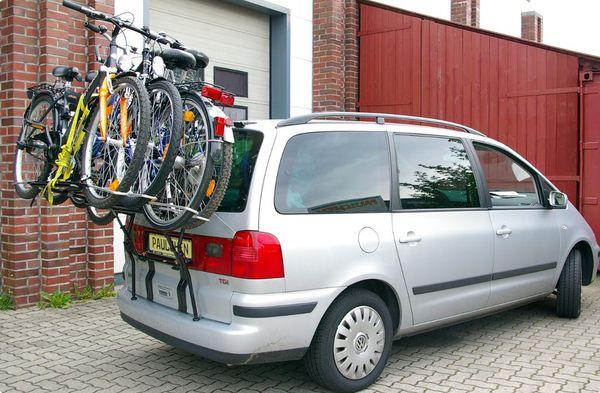 seat alhambra fahrradtr ger als hecktr ger. Black Bedroom Furniture Sets. Home Design Ideas