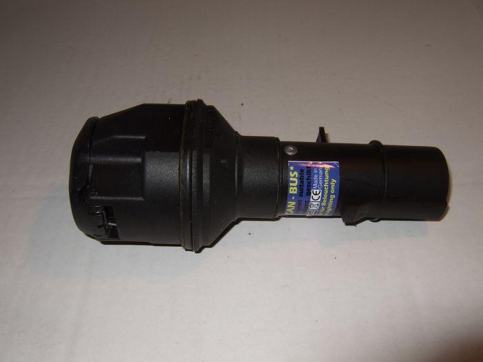 Spannungsreduzieradapter 24- 12V, 7p N LKW auf 13p PKW
