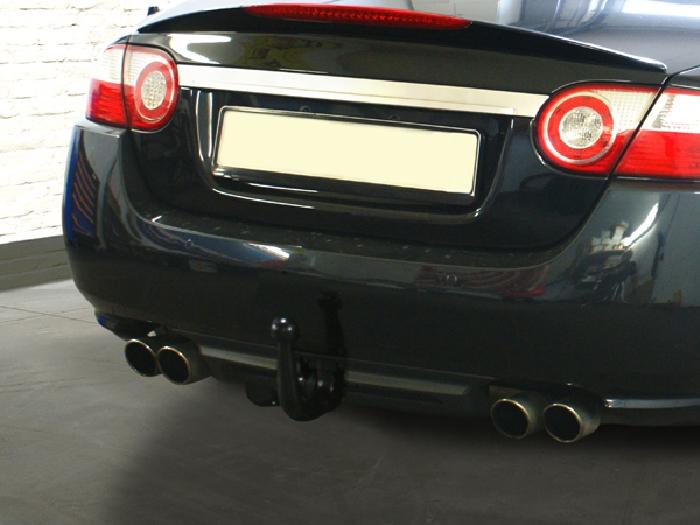 Anhängerkupplung für Jaguar-XKR - 2005- X 150, nur für Heckträgerbetrieb, Montage nur bei uns im Haus Ausf.:  vertikal
