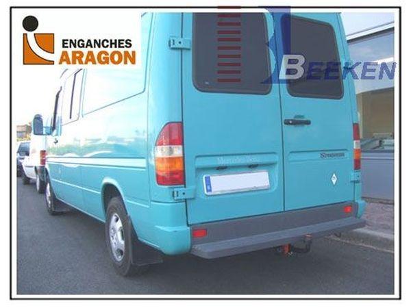 Anhängerkupplung Mercedes-Sprinter 208-316, Kasten, Radstd. 4025 mm, Fzg. mit Trittbrettst., Baujahr 2000-2006 Ausf.:  feststehend
