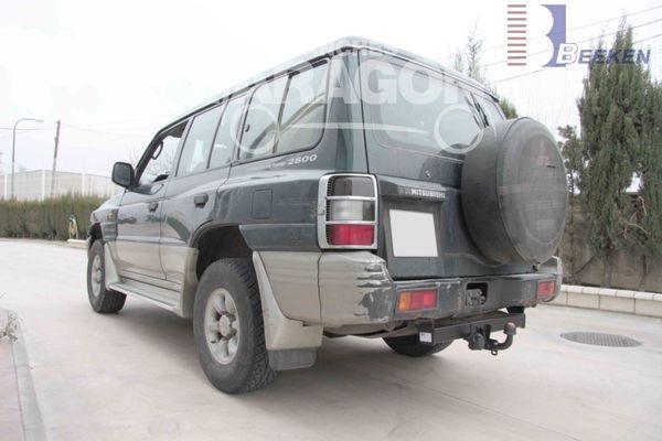 Anhängerkupplung für Mitsubishi-Pajero V20, V40, Classic, kurzer u. langer Radstand - 2001-2004