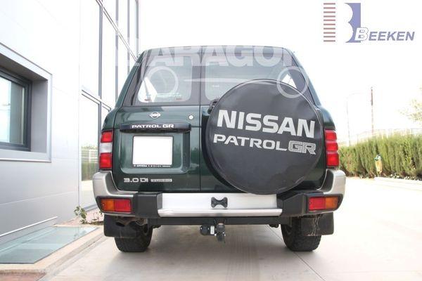 Anhängerkupplung Nissan-Patrol Typ Y 61, Baujahr 2004-
