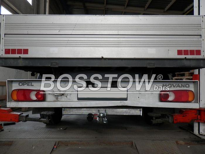 Anhängerkupplung Renault Master Pritsche, einzelbereift max. 3,5t, o. Elektrosatz Vorbereitung, Baureihe 2014-  horizontal