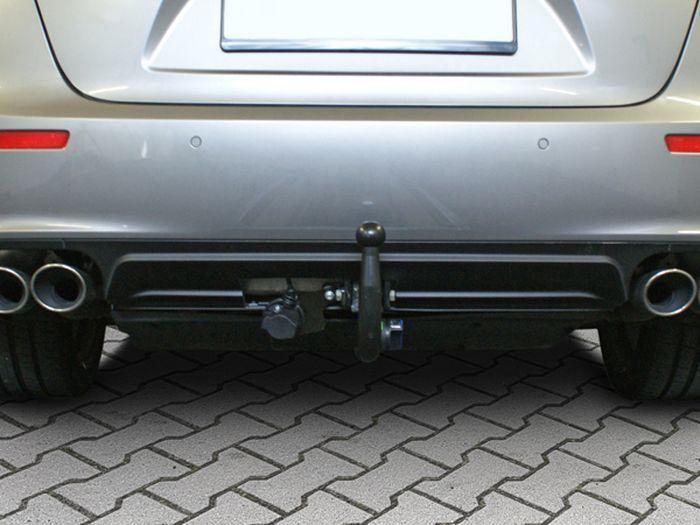 Anhängerkupplung Maserati Ghibli zur Verwendung v. Heckrägern, Baureihe 2017-  vertikal