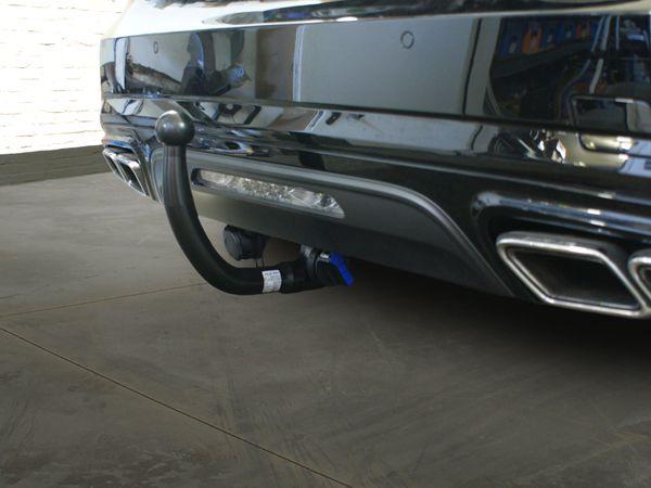 Anhängerkupplung Mercedes-SL R 231, mit Sportpaket, nur für Heckträgerbetrieb, Baujahr 2012-