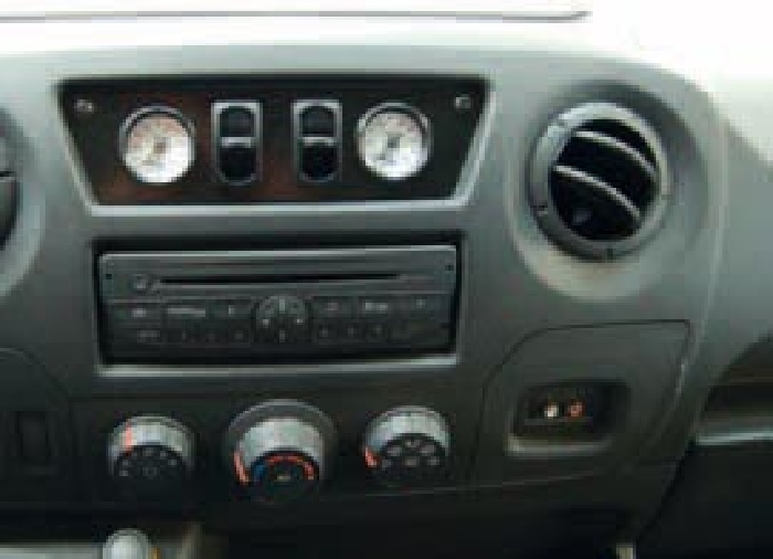 Nissan NV 400 III Bj. 2010-2014, Heckantrieb zwillingsbereift, Zusatz-Luftfederung 8 Zoll Zweikreis Doppelfaltenbalg- Anlage, Semi Air Komfortset-Camp, syst. LF1