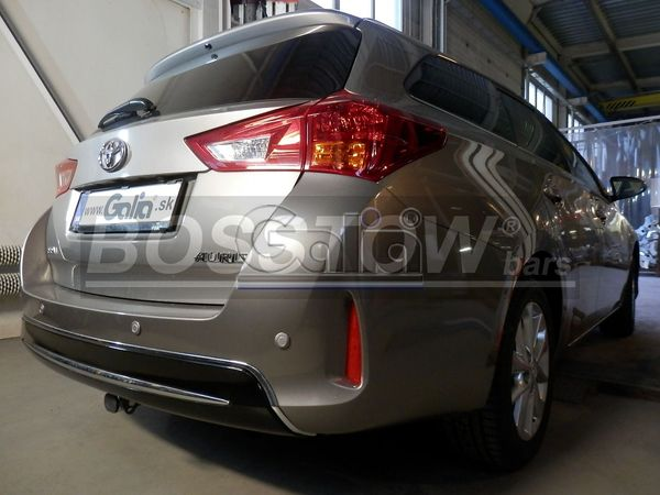 anh ngerkupplung abnehmbar toyota auris touring sports ahk. Black Bedroom Furniture Sets. Home Design Ideas