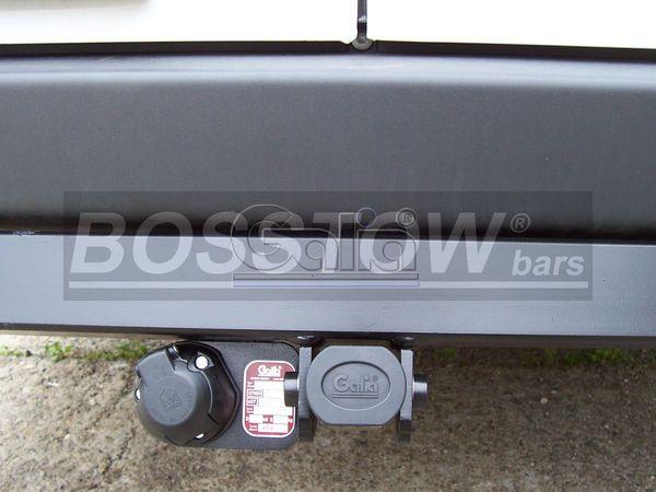Anhängerkupplung für VW-Crafter - 2006-2017 30-35, Kasten, Radstd. 3665mm, Fzg. ohne Trittbrettst. Ausf.:  horizontal