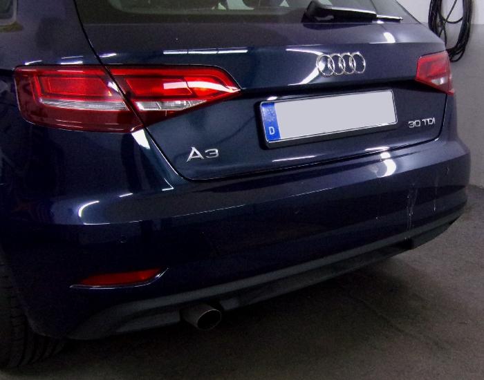 Anhängerkupplung für Audi-A3 5-Türer Sportback, Baujahr 2016-