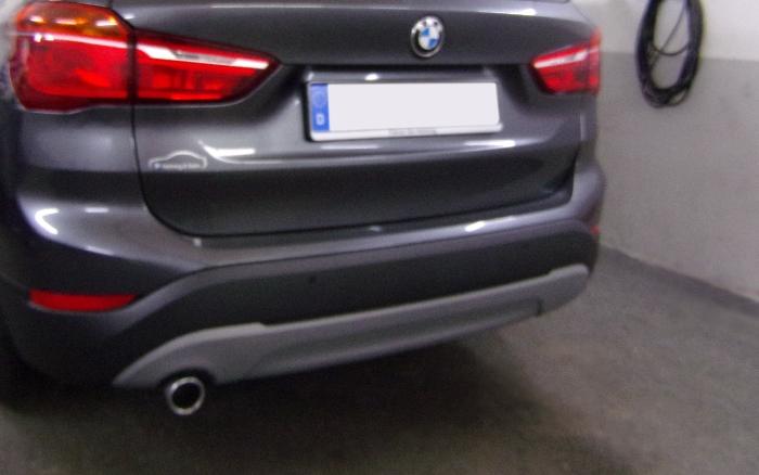 Anhängerkupplung für BMW-X1 - 2015- F48 Geländekombi Ausf.:  vertikal