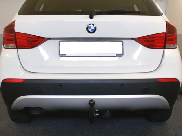 Anhängerkupplung BMW X1 E84 Geländekombi, Baureihe 2009-  vertikal