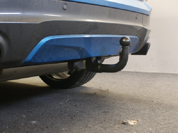 Anhängerkupplung für BMW-X4 - 2014- F26, spez. M- Performance Ausf.:  vertikal