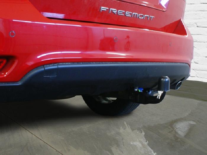 Anhängerkupplung Fiat-Freemont Cross, Baujahr 2012-