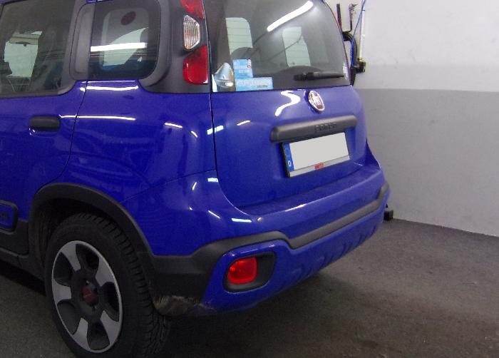Anhängerkupplung Fiat-Panda nicht 4x4, nicht Gasantrieb, bitte vorab Fzg. auf Anhängelastfreigabe prüfen, Baujahr 2012-