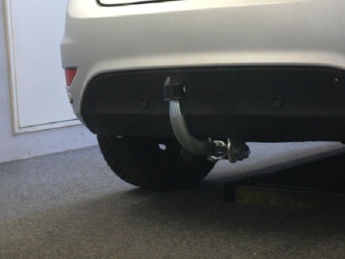 Anhängerkupplung für Ford-Fiesta - 2008-2012 Fließheck, VII Ausf.:  horizontal