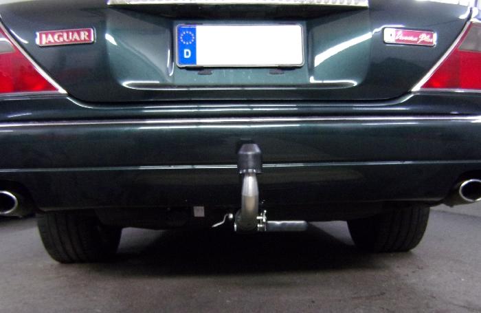 Anhängerkupplung für Jaguar-XJ - 1994-1998 XJ Serie X 300 Ausf.:  horizontal