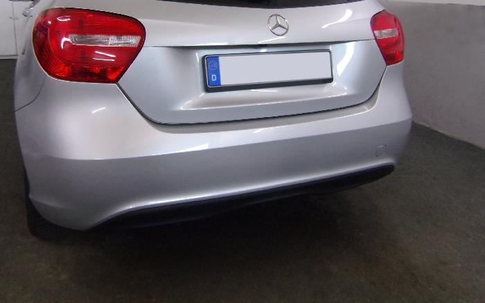 Anhängerkupplung Mercedes-A-Klasse W176, Baujahr 2012-2015 Ausf.:  vertikal