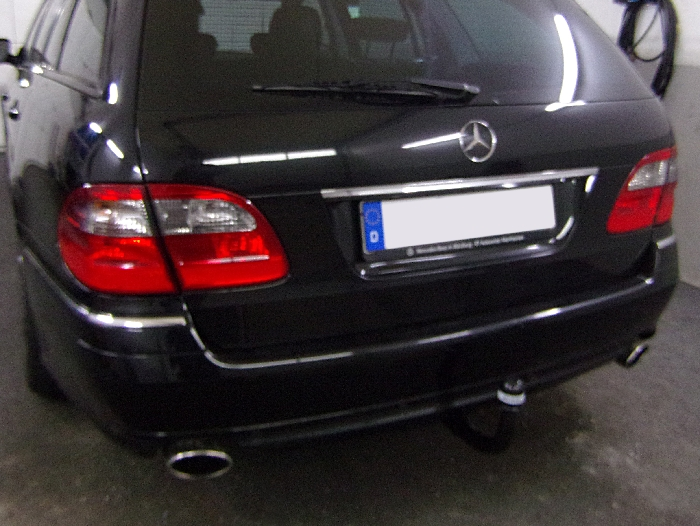Anhängerkupplung für Mercedes-E-Klasse - 2003- Kombi W 211 Ausf.:  vertikal