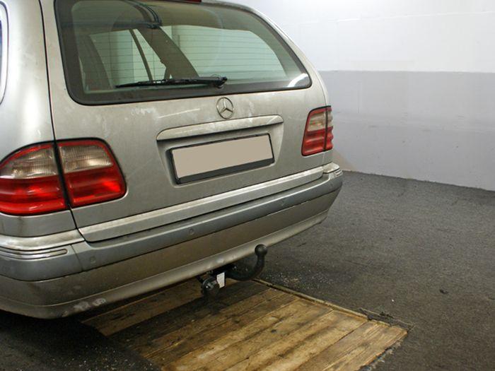 Anhängerkupplung für Mercedes-E-Klasse - 1996-2002 Kombi W 210S, inkl. 4x4, 4-Matic Ausf.:  feststehend