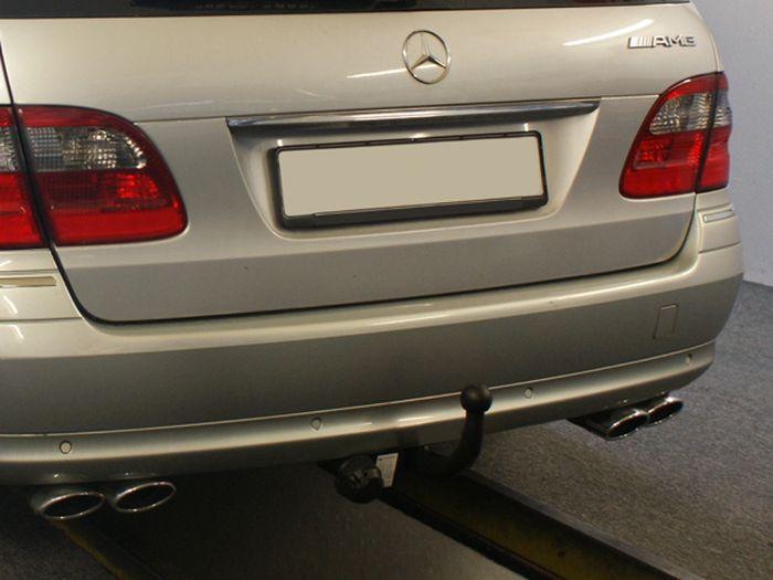 Anhängerkupplung Mercedes-E-Klasse Kombi W 211, Baujahr 2003- Ausf.:  feststehend