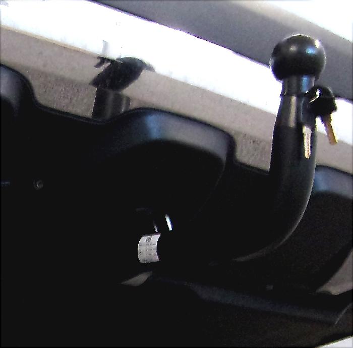 Anhängerkupplung Mercedes-GLA H247, mit Elektrosatzvorbereitung, Baujahr 2020-