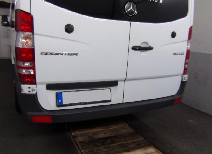 Anhängerkupplung für Mercedes-Sprinter Kastenwagen Heckantrieb 209-324, Radstd. 4325mm, Fzg. ohne Trittbrettst., Baujahr 2006-2018