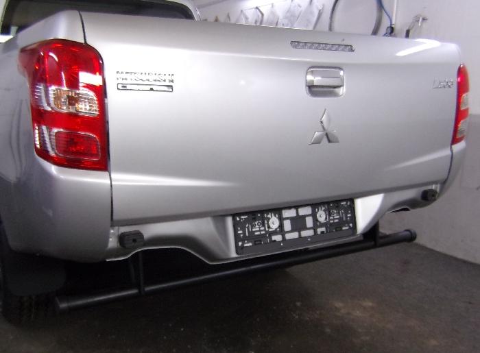 Anhängerkupplung für Mitsubishi-L200 - 2015-2019 Fzg. mit Kunststoff- Stossstange Ausf.:  feststehend