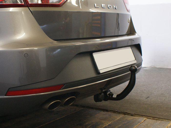 Anhängerkupplung Seat-Leon ST Kombi, spez. FR, Baujahr 2017-