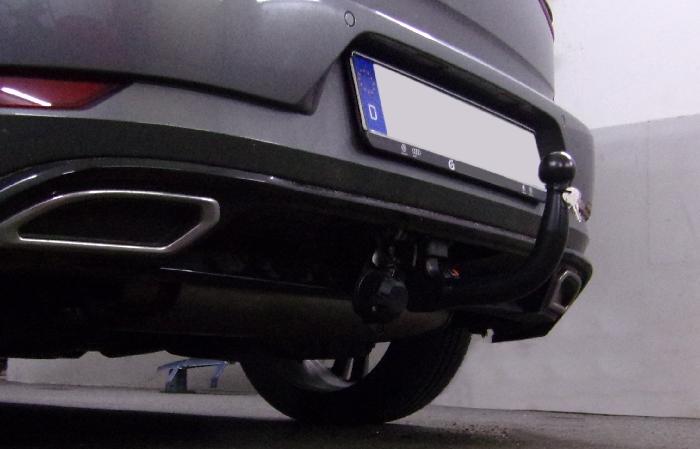 Anhängerkupplung für VW-Golf - 2014-2017 VII Limousine, nicht 4x4, speziell für R-Line Ausf.:  vertikal