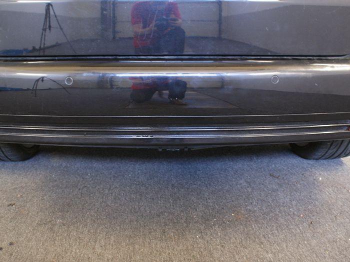 Anhängerkupplung für VW-Touran Van, spez. 7 Sitzer m. Erdgas(Ecofuel), Baujahr 2007-2010