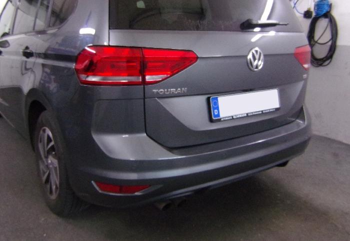 Anhängerkupplung VW-Touran Van, Baujahr 2015- Ausf.:  vertikal